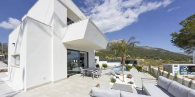 Villa/Detached house - New Build - Polop - Polop