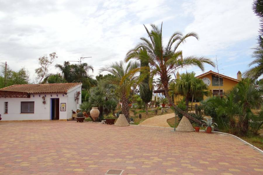 Resale - Villa/Detached house - Dolores
