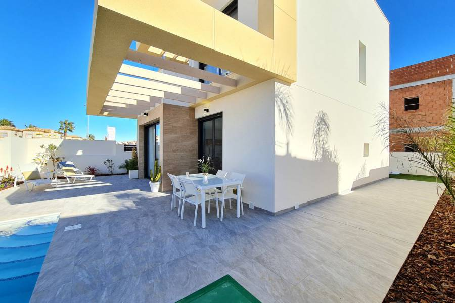 New Build - Villa/Detached house - Los Montesinos - La Herrada